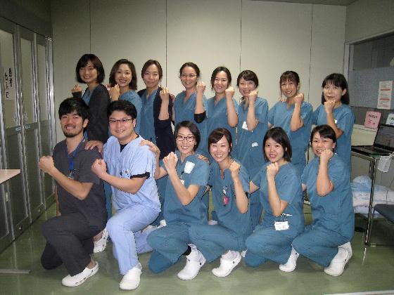 手術室メンバー集合写真