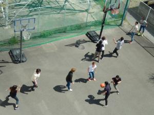 バスケット-運動場